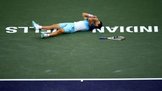 Dominic Thiem remporte le tournoi d'Indian Wells face à Roger Federer