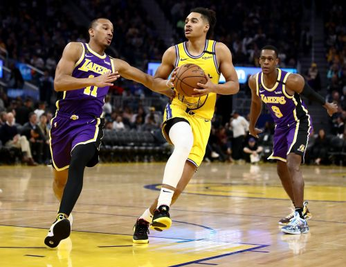 Basket - NBA - NBA:  les Lakers, sans LeBron James, humilient Golden State