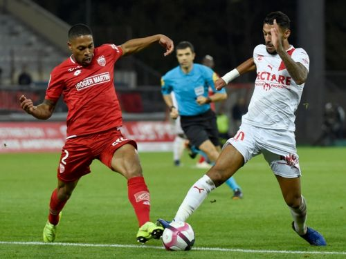 Football - Ligue 1 - Nîmes-Dijon avancé
