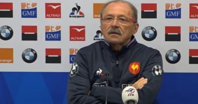 XV de France:  Jacques Brunel ''pas au courant'' de l'arrivée possible de Fabien Galthié