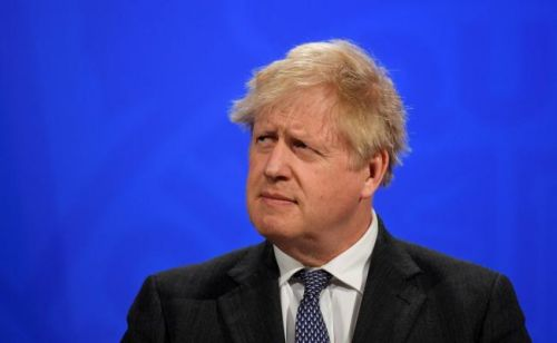 Boris Johnson salue le départ des clubs anglais de la Super Ligue