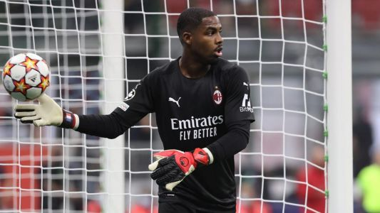 AC Milan:  Mike Maignan absent dix semaines