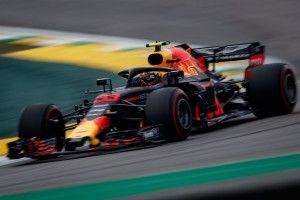 F1 - Prost n'aime pas la communication de Red Bull