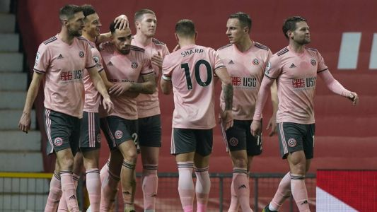 Premier League:  la lanterne rouge Sheffield United surprend Manchester United, Leicester freiné à Everton