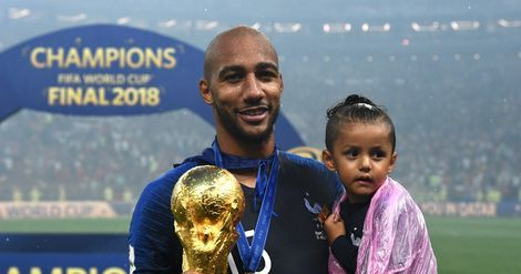 Football:  le champion du monde Steven Nzonzi rejoint l'AS Rome