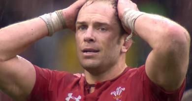 Le capitaine gallois Alun Wyn Jones remporte le trophée de meilleur joueur du 6 Nations 2019