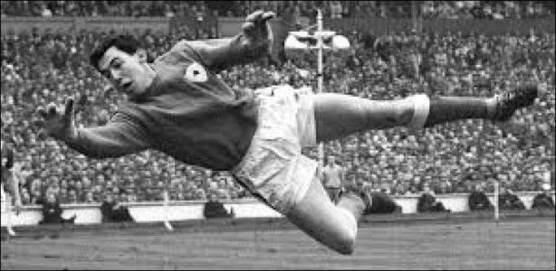 Football - Le gardien de but anglais Gordon Banks est mort