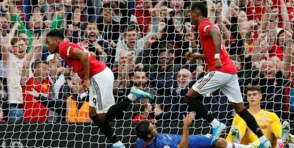 Foot - ANG - Premier League:  Manchester United corrige Chelsea avec un but de Martial et deux passes décisives de Pogba