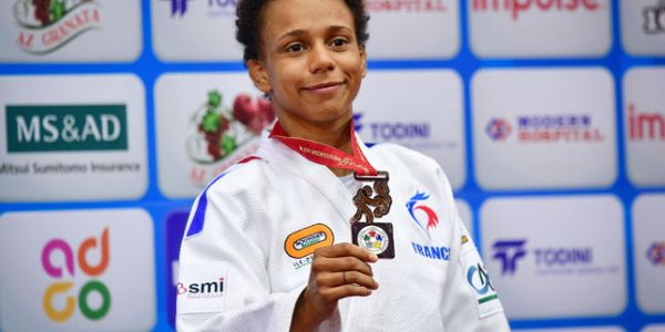 « C'est fatigant de le cacher » : la judokate Amandine Buchard explique les raisons de son coming out