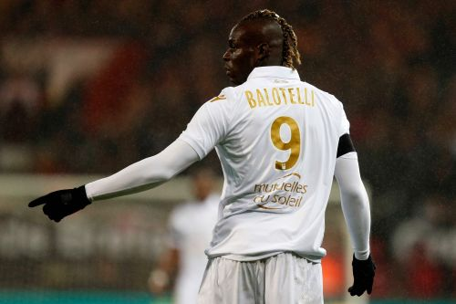 Football - Ligue 1 - Nice:  reverra-t-on Balotelli sous le maillot des Aiglons ?