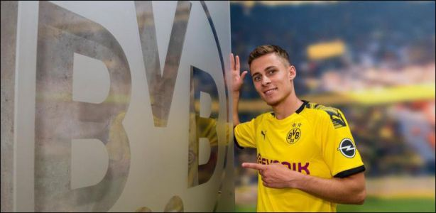 Football - Bundesliga - Le Belge Thorgan Hazard s'engage avec Dortmund
